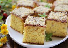 Prajituri de Casa cu Nuca Cake Recipes, Dessert Recipes, No Cook Desserts, Food Cakes, Cornbread, Banana Bread, Carrots, Food And Drink, Sweets
