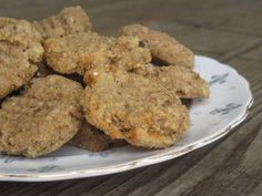 Fruit-Sweetened, Flourless Banana-Nut Cookies | Daily Bites