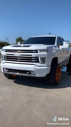 Chevrolet Full-size Truck Heavily Spec'd Chevrolet Chevelle, Chevrolet Trucks, Chevrolet Silverado, Best Luxury Cars, Monster Trucks, Vehicles, Athlete, Car, Vehicle
