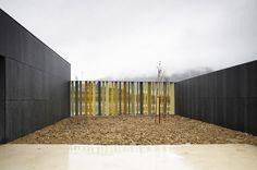 Nursery School in Pamplona by Javier Larraz | KARMATRENDZ