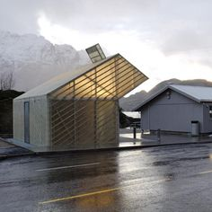 Image 1 of 14 from gallery of Jektvik Ferry Quay Area / Carl-Viggo Hølmebakk. Photograph by Carl-Viggo Hølmebakk Architecture Résidentielle, Contemporary Architecture, Amazing Architecture, Dock House, Wood Facade, Small Buildings, Interior Exterior, Architect Design, Mountain Cottage
