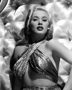 Mamie Van Doren-1955