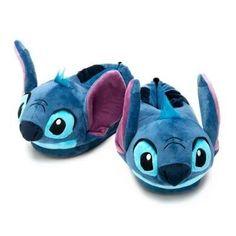 Disney Stitch, Lilo E Stitch Ohana, Disney Slippers, Cute Slippers, Cute Disney Outfits, Cute Lazy Outfits, Peluche Stitch, Pijamas Onesie, Disney Outfits