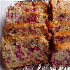 Mandarin Orange and Cranberry Muffin Bread – Delicious recipes to cook with family and friends. Mandarin Orange and Cranberry Muffin Bread Cranberry Muffins, Cranberry Orange Bread, Fruit Bread, Dessert Bread, Donut Muffins, Breakfast Muffins, Muffin Bread, Muffin Cups, Quick Bread