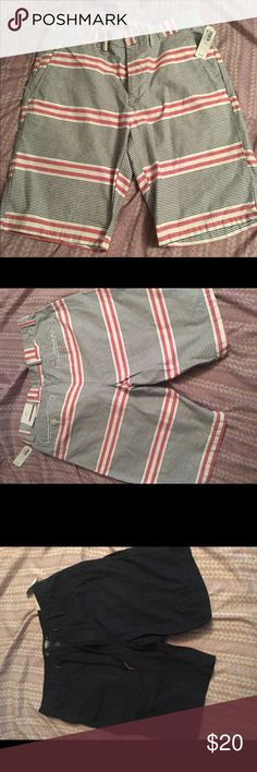 BRAND NEW Men's Shorts, size 29. In GREAT shape. I really need to get rid of them 😊 Old Navy Shorts Cargo