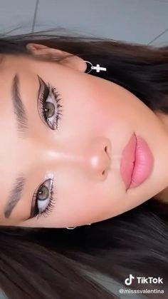Edgy Makeup, Makeup Eye Looks, Creative Makeup Looks, Dark Skin Makeup, Eye Makeup Art, Cute Makeup, Pretty Makeup, Natural Makeup, Hair Makeup