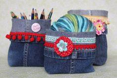 Utensilos aus Jeanshosenbeinen  Diese und weitere Taschen auf www.designertaschen-shops.de entdecken