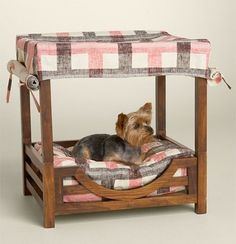 JUICY COUTURE Dog Canopy Wooden Bed