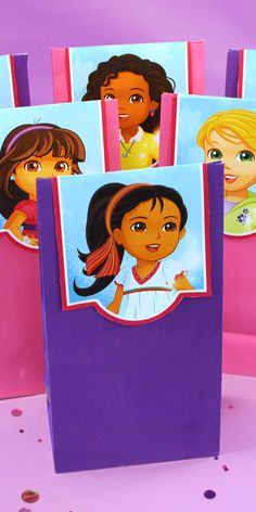 Send your child's guests home with simple Dora and Friends DIY goodie bags.