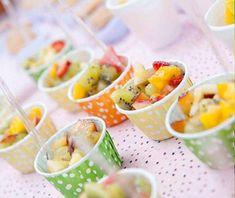 petiscos para festa de aniversario salada de frutas