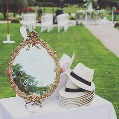 ✨ Our Wedding ✨40 degrés Celsius Champagne 🥂 cocktail 🍸 Sun & love Photo by @emilyalarconwedding Mariage classique & chic…