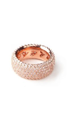 Beautiful rose gold ring