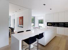 Küchenblock mit integriertem Tresen | ROOMIDO.com