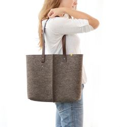 100% wool felt TOTE BAG with leather handles - natural grey. €85.00, via Etsy.