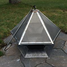 Fogón de acero corten hexagonal de calibre por SpireMetalworks