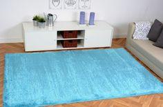 """Dieser Hochflor Teppich Shaggy aus der """"Colorful"""" Kollektion ist der Renner innerhalb der Teppichwelt und ein absoluter Trendsetter! Neo-Farben liegen total im Trend und warum sollte die Wohnung nicht auch in diesen Trendfarben erstrahlen. Dieser Shaggy knallt direkt ins Auge und das nicht nur farblich."""