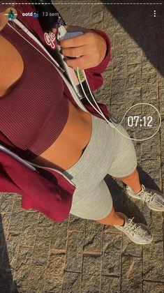 Sport Motivation, Foto Sport, Summer Body Goals, Cute Workout Outfits, Musa Fitness, Fitness Inspiration Body, Healthy Lifestyle Motivation, Workout Aesthetic, Summer Girls