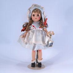 Madame Alexander 11 Inch McGuffey Ana All Original Antique Dolls, Vintage Dolls, Madame Alexander Dolls, Clothing Patterns, Kids Toys, Doll Clothes, Daisy Mae, Dreams, The Originals
