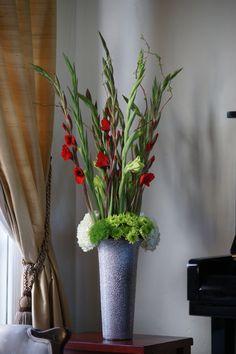 Beautiful Gladiolus--by Tulipina