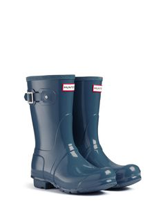 Original Short Gloss Rain Boots | Hunter Boot Ltd - Feather Blue size 8 (that's the same size as my docs, so it should be ok)