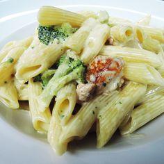 Πέννες με κοτόπουλο & μπρόκολο Dessert Recipes, Desserts, Macaroni, Cabbage, Spaghetti, Food And Drink, Cooking Recipes, Pasta, Snacks
