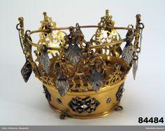 Brudkrona @ DigitaltMuseum.se Swedish Fashion, Swedish Style, Bridal Crown, Metal Crafts, Traditional Outfits, All Art, Decorative Bowls, Scandinavian, Bride