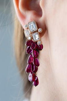 One of a kind jewelry drop ruby earrings style with emerald shaped diamond sparkle in REZA High Jewelry design! Jewelry Design Earrings, Gold Earrings Designs, Ruby Jewelry, Ruby Earrings, High Jewelry, Luxury Jewelry, Fashion Earrings, Bridal Jewelry, Jewelry Art