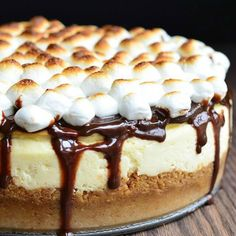 S'mores Cheesecake you get the best of both worlds! S'mores and Cheesecake! tag someone who loves s'mores or cheesecake!! @lovehealthok