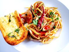 Mario's Linguine with Clams