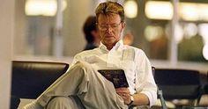 Un hombre que lee siempre me resulta atractivo. Este además, canta. Bowie es elegante