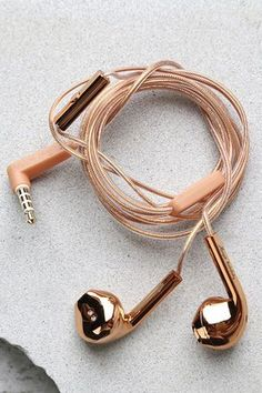 Top off your look with the head-turning Happy Plugs Earbud Plus Rose Gold Headphones! These fashionable earbuds feature a rose gold cord, and contoured metallic rose gold earpieces. Attached mic and remote. Works with all smartphones, tablets and play Phone Accessories, Jewelry Accessories, Fashion Accessories, Rose Gold Accessories, Trendy Accessories, Things To Buy, Girly Things, Pink Headphones, Wireless Headphones