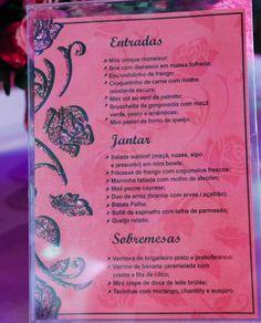 Detalhe do cardápio da festa, com todos os pratos servidos