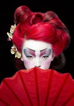Neo Geisha | Theatrical Geisha makeup by Elizabeth Prokopiak .