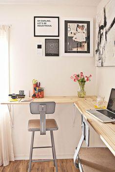 DIY corner desk plans ideas to build for your office simplified building hutch,corner desk designs plans study table for adults gaming ideas. Diy Crafts Desk, Diy Desk, Diy Standing Desk, Kitchen Wall Shelves, Glass Shelves, Pipe Shelves, Desks For Small Spaces, Work Spaces, Office Spaces