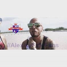 #mulpix photos the duo Alexis y Fido #DetrasDeCamaras  #SantaDeMiDevocion  #elduosobrenatural  #lospitbulls #theKings  #alexisyfido #LaAyLaF  #MrASrF  #alexisyfidofans  #losmasoriginales  #LosReyesDelPerreo  #LosReyesDelPerreo2  #LaEsencia #losgrandes  #laesenciawordedition  #WildDogzMusic