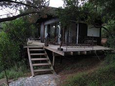 Ravenswood Forest Loft - Set in Wilderness National Park with beautiful views over the Langvlei, Ravenswood Forest Loft is set in sanctuary of trees and wooden decking with wide sunny windows; every child's treehouse dream.  Ideal ... #weekendgetaways #wilderness #southafrica