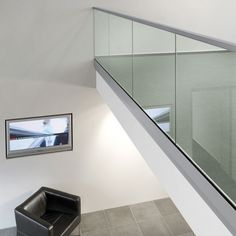 glass balustrade fixing for window seat