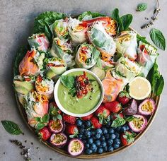 We'll take 10 of these vegan platters, ty.