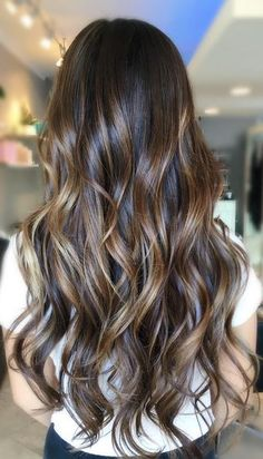 Brunette Balayage Hair Goals (Mane Interest) For rrrreal though. Color by Kaylie Baba Hair Highlights, Dark Hair With Caramel Highlights, Caramel Balayage Highlights, Honey Highlights, Gorgeous Hair, Hair Looks, Dyed Hair, Hair Inspiration, Curly Hair Styles