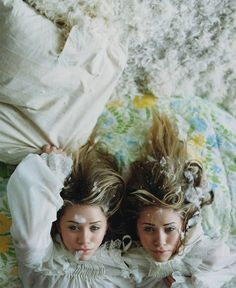 Beautiful Olsen Twins.
