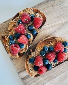 Quick Healthy Breakfast Ideas & Recipe for Busy Mornings I Love Food, Good Food, Yummy Food, Tasty, Healthy Snacks, Healthy Eating, Healthy Life, Food Goals, Aesthetic Food