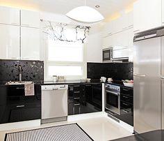 Black and white kitchen ideas.