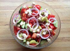 lindastuhaug - lidenskap for sunn mat og trening Caprese Salad, Indian Food Recipes, Tapas, Protein, Lunch, Asian, Dinner, Fruit, Vegetables