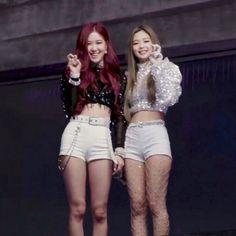 Blackpink square up mv shooting behind the scenes South Korean Girls, Korean Girl Groups, K Pop, Coachella, Divas, Blackpink Wallpaper, Blackpink Square Up, Blackpink Icons, Jennie Kim Blackpink
