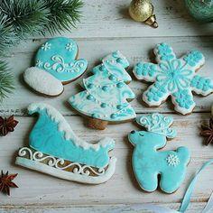 beauty on Poshinsta Sweet Cookies, Sugar Cookies, Christmas Cookies, Merry Christmas, Reindeer, Snowflakes, Gingerbread, Tea Cups, Treats