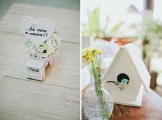 Casamento rústico em azul e amarelo | Lá Vem a Noiva e casinha de passarinho