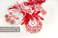 Photobucket Baba Marta, Origami, Christmas Bulbs, Projects To Try, March, Traditional, 8 Martie, Holiday Decor, Eggs