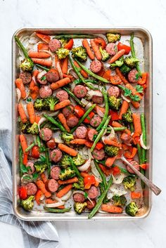 This Sheet Pan Roasted Veggies and Sausage is a quick and easy weeknight dinner recipe with easy clean-up too. Veggie Recipes, Healthy Recipes, Healthy Dinners, Clean Eating Recipes, Healthy Eating, Delicious Dinner Recipes, Sausage Dinner Recipes, Quick Meals, Veggies