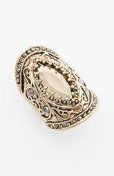 Spring Street 'Throne' Stretch Shield Ring