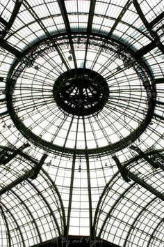 Under the starry sky of the Grand Palais Source by One Hyde Park, Grand Chef, World Cities, Grand Palais, Paris, Glass House, Teak Wood, Art And Architecture, Wonderful Places